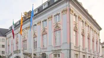 Bonn Old City Hall - Great Attractions (Bonn, Germany)