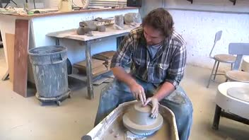 Pottery: How to Make a Large Pot