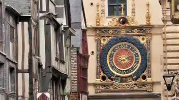 The Great Clock of Rouen - Great Attractions (Rouen, France)