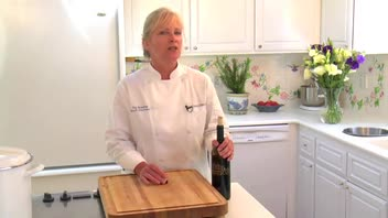 Kitchen Tips: Storing Leftover Wine