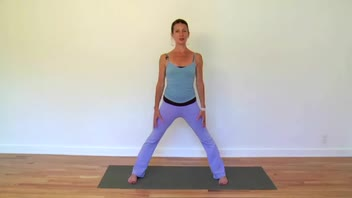 Kundalini Yoga - Wide Standing Dynamic Side Stretch - Women's Fitness