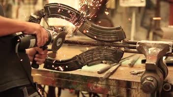 Artist Uses Confiscated Weapons to Create Musical Instruments