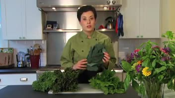How to Select and Store Kale And Chard
