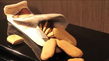 Art Showcase - Milano Cookies Sculpture