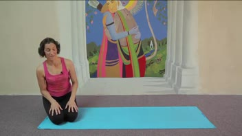 Yoga - Kneeling Twist - Women's Fitness