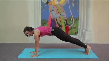 Yoga - Side Plank Advanced - Women's Fitness