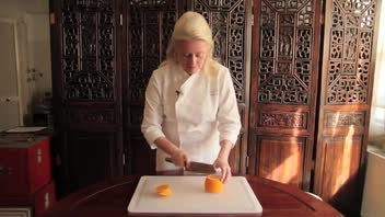Kitchen Tips: Cutting Orange Segments