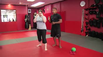 Self-Defense Workout: Cross - Women's Fitness
