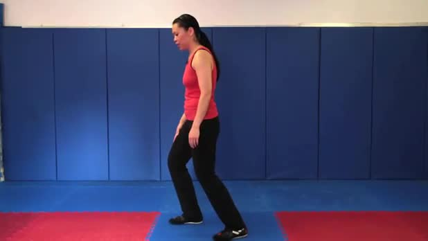 Tai Chi: Withdraw and Push into Crossing Hands - Women's Fitness