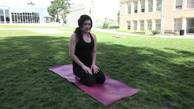 Yoga Plank Pose - Women's Fitness